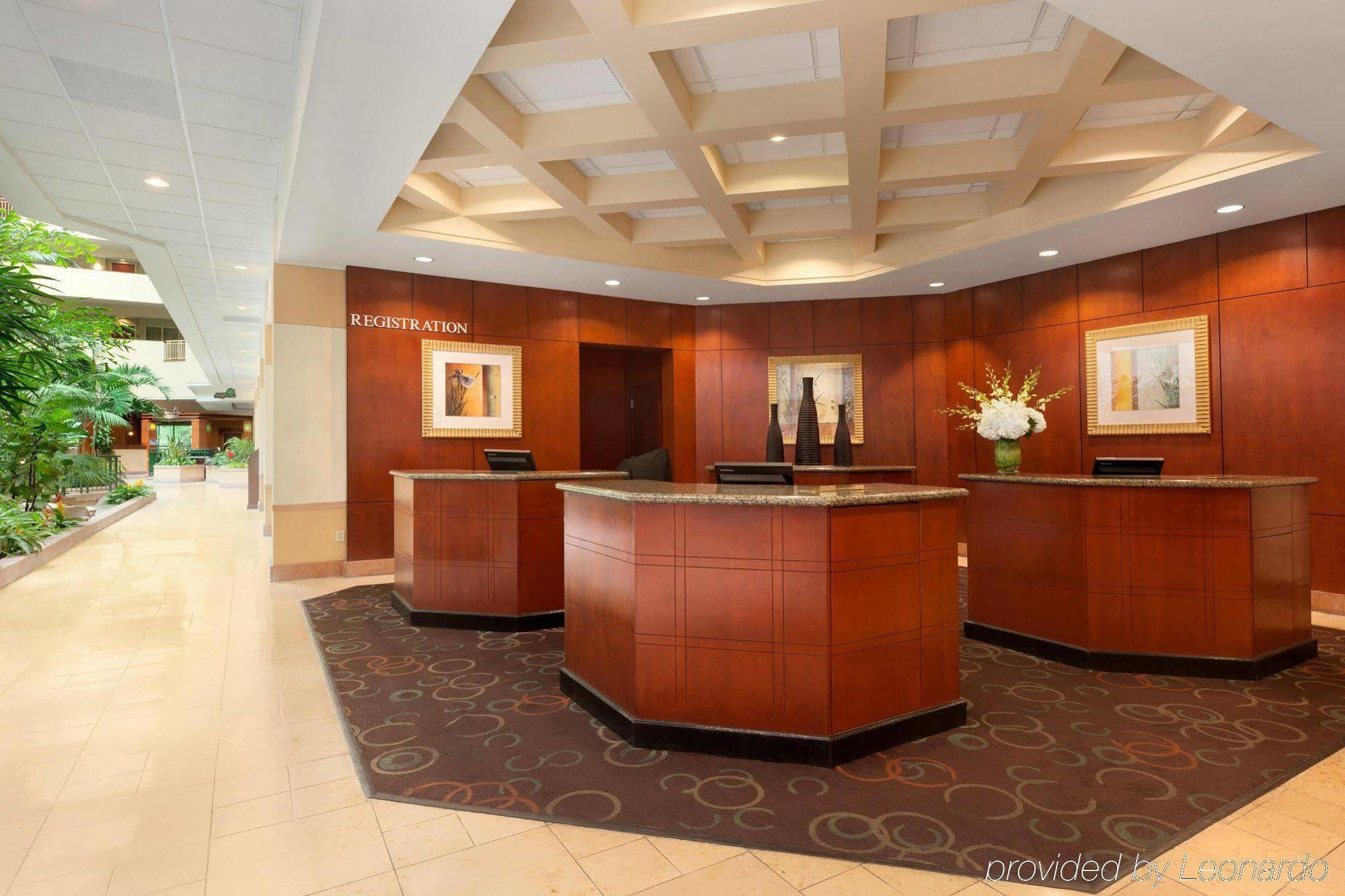 EMBASSY SUITES TAMPA - USF/NEAR BUSCH GARDENS, TAMPA ***